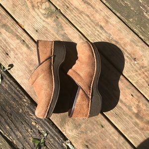 Dansko Shoes - Dansko professional clogs sz 38 GUC.